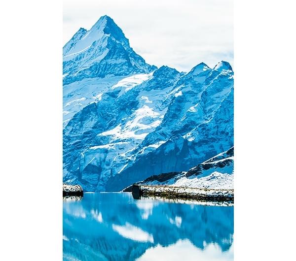 Schweizer Gletscherwasser